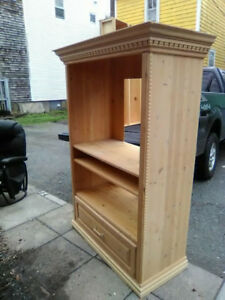 Beautiful Custom Made Pine TV Stand --free delivery