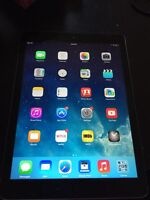 iPad Air 16GB wifi - excellent condition, comes with case