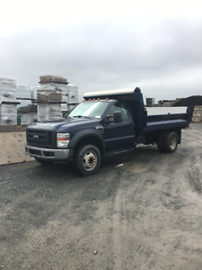 2008 Ford F-550 XL 6 roues dompeur (Diesel)