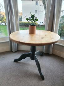 Solid pine dining table 100cm diameter