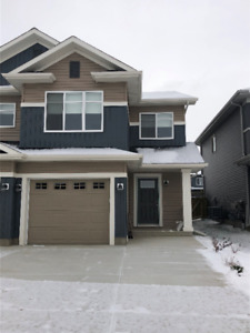 Executive Living In Leduc