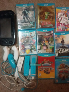 WiiU  controllers games, Zelda and super smash included!