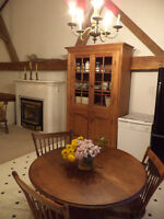 AUTHENTIC BARN - CATHEDRAL CEILINGS; 2 STOREY; 2 BDROOM