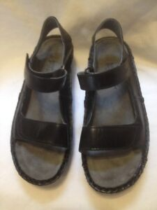 2018 New All Leather Black Naot Wedge Sandals 37M