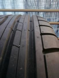 Tyre 215/55R16 like brand new