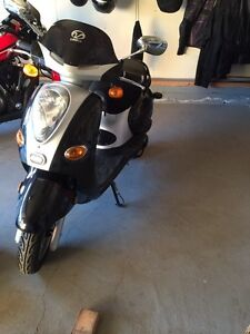 2011 150 cc scooter