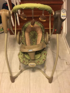 Graco Swing with Table