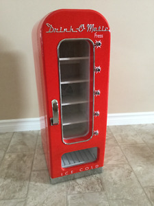 Drink-o-matic Novelty Vending Machine For Your Mancave! $100 OBO