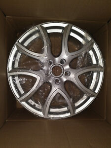 RTX Wheels , Arch , 5x114.3 , 18X7.5 , (offset/deport 50 ) , 67.