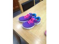 Girl Nike