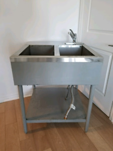 2 WELL HOT/STEAM TABLE