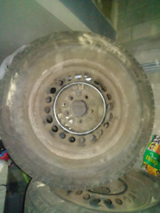 MICHELINA TIRES WITH RIM