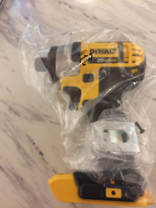 Brand New Never Used Dewalt 20v Impact Driver DCF885, tool only,