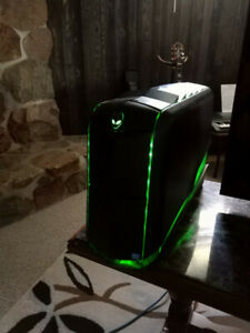 Alienware | Buy or Sell a Laptop or Desktop Computer in