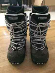 Used Vans snowboard boots size 10 male