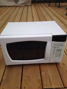 Salton microwave for sale
