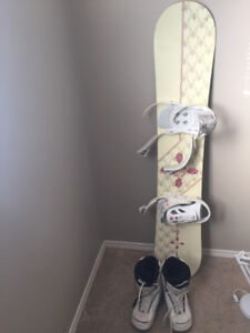 Perfect starter snowboard, bindings and boots