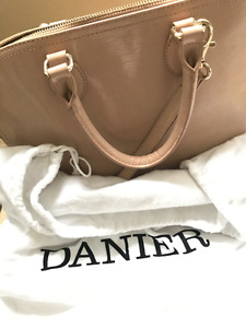 Danier purse (same size as LV PM) - Patent Leather Pink/Beige