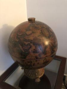 Bar globe terrestre