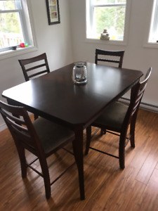 Pub Style Dining Table with 4 Stools