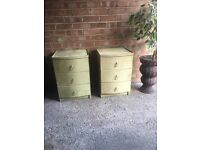 BEDSIDE TABLES FREE DELIVERY GOOD CONDITION NICE MODEL