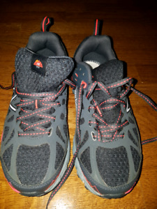 Brand New Boys Shoes New Balance 6.5 Wide Width Runners