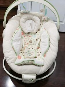 Comfort and Harmony cradle bouncer