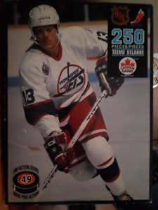 Collectable NHL puzzle