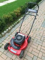 "22"" Briggs & Stratton heavy duty lawnmower"
