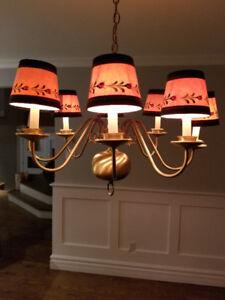 Luminaire intérieur/ plafonnier/ lustre à 8 ampoules