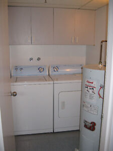 DOWNTOWN CONDO APARTMENT for rent all inclusive now or July1
