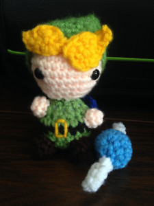 Crocheted Link and Navi dolls