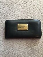 Marc Jacobs black leather wallet with gold hardware
