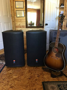 JBL PRX515 Powered Speakers