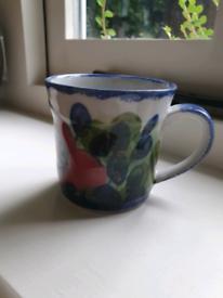 Small Highland Stoneware hand painted mug immaculate
