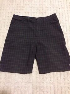 Brown plaid size 36 O'Neill shorts