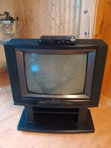 Hitachi TV and stand, FREE