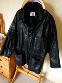 Gents genuine leather three quarter coat