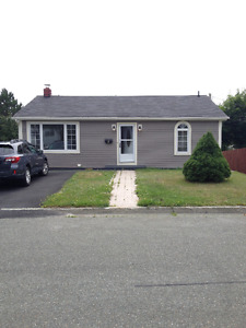 Available immediately Cozy Home near Quidi Vidi Lake