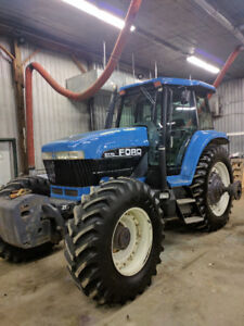 Ford 8770 tractor