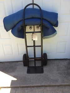 A vendre : Convertible Dolly 800 livres Capacity.