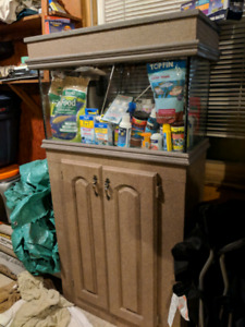 ***35 gal Tank with Custom Built Stand and Hood***