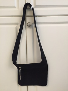 Jeanne Lottie Black Cross Body Purse/Wallet