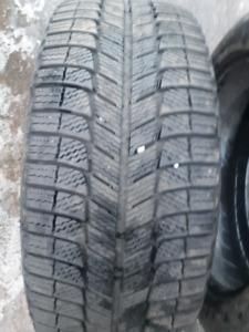 255/50r19 Michelin latitude xice2