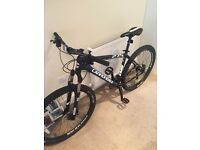 Brand new Cannondale Trail 2 27.5 mountain bike.