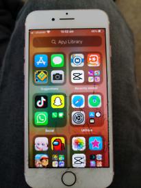 iPhone 7 32 gig unlocked / cracked screen