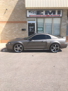 2002 mustang gt (leather)