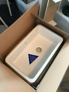 "Shaws Original 30"" Apron Sink (Brand-New in box)"