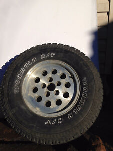 30x9.50R15LT SPEED RATING Q / LOAD RANGE C  - 1  tire & rim
