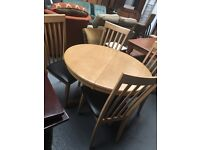PINE ROUND EXTENDING TABLE + 4 CHAIRS